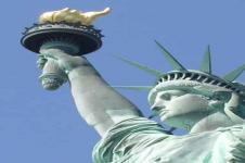 Leinwandbilder New York Wandbilder  Freiheitsstatue von New York vor blauem Himmel